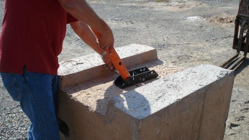 Hog Leg Wall Bracing System Ezg Manufacturing